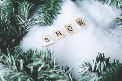 Pericolele iernii: cum afectează temperaturile scăzute pavajul și accesoriile acestuia și ce măsuri trebuie să iei